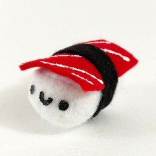 Tuna-nigiri-sushi-plush-mini-1